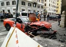 Roma, una rarissima Ferrari 599 GTO distrugge un negozio!