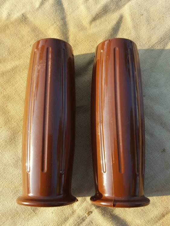 Manopole Biltwell 22mm (3)