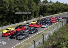 Quaranta Ferrari F12berlinetta si scatenano al Nurburgring [VIDEO]