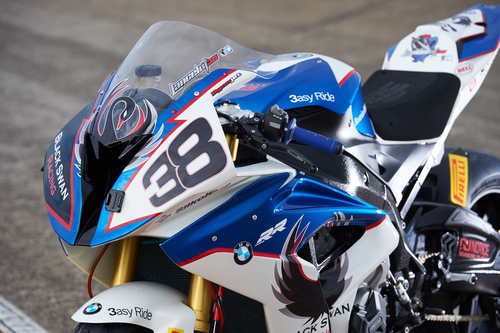 La S1000RR portata in gara dal team Black Swan