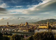 A Firenze ibride ed elettriche parcheggiano gratis