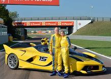Manager Google regala Ferrari FXX K alla moglie