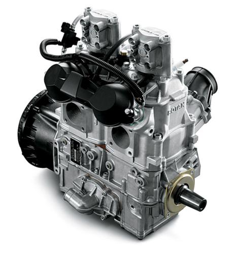 La Rotax ha in produzione da alcuni anni una serie di motori a due tempi per motoslitte e moto d'acqua dotati dell'eccellente sistema di iniezione diretta E-tec
