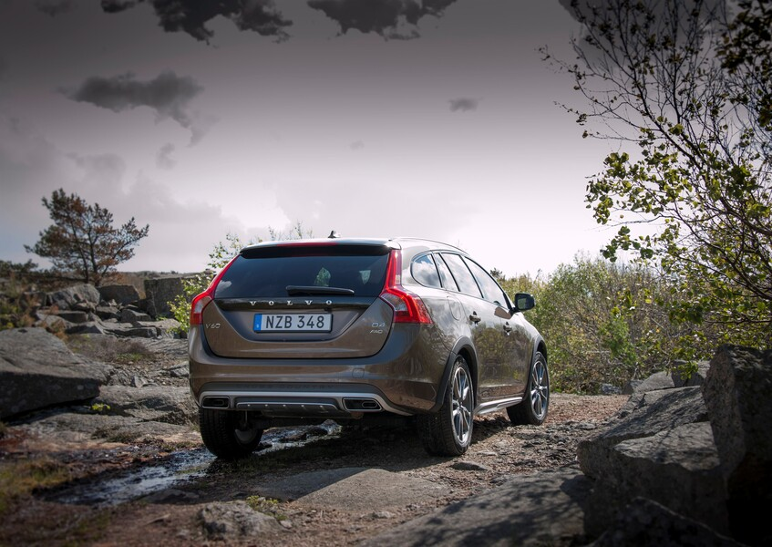 Volvo V60 Cross Country (4)
