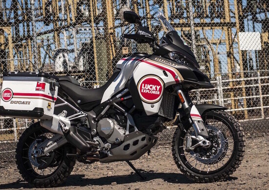 Ducati Multistrada 1200 Enduro Lucky Strike, nuova livrea dagli USA