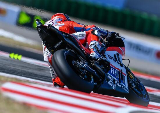 MotoGP, Carbonio e acqua: Marquez sfata il mito vincendo a Misano