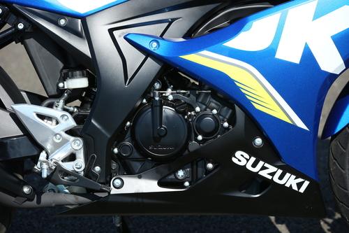 Il motore monocilindrico delle due Suzuki GSX 125