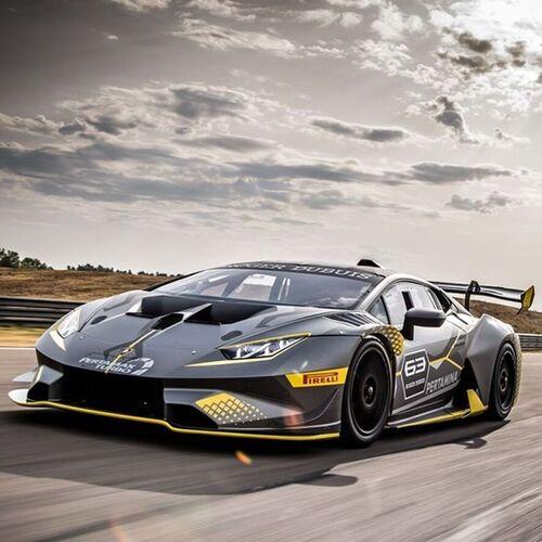 Lamborghini huracan super trofeo evo squalo da pista for Concessionari lamborghini