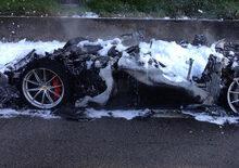 Ferrari F12tdf distrutta dalle fiamme in Germania