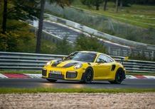 Porsche 911 GT2 RS, la 911 più veloce sul Nürburgring [Video]