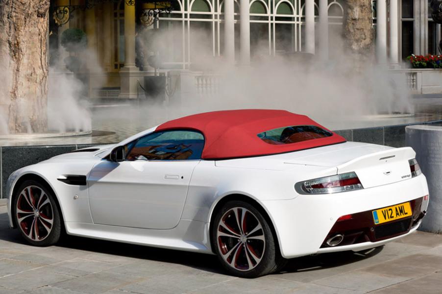 aston martin v12 cabrio vantage s roadster sportshift nuove