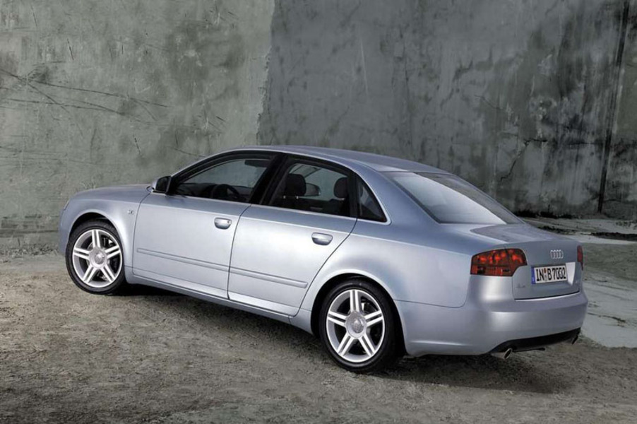 Audi A4 (2004-07) (3)