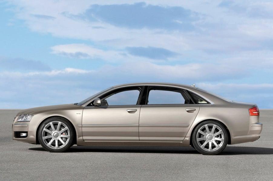 Audi A8 3.2 V6 FSI quattro tiptronic (3)