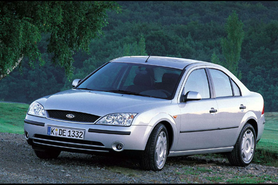 Ford Mondeo 2.5i V6 cat 4p. Ghia (3)