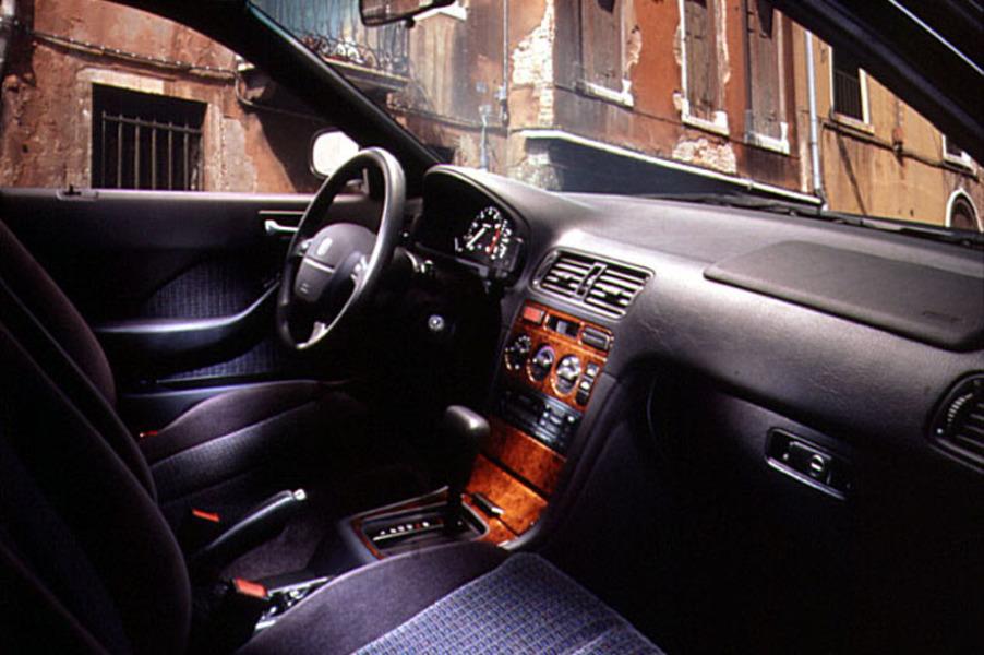 Honda Accord (1995-98) (4)