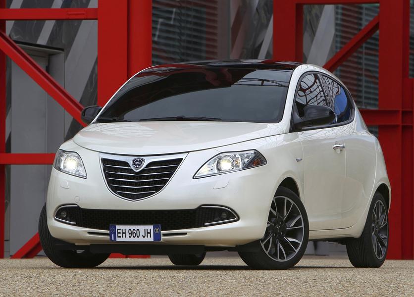 Lancia Ypsilon (2011->>) (3)