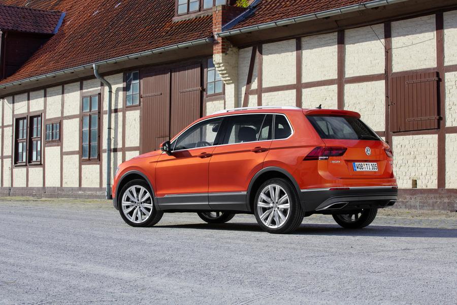 Volkswagen Tiguan (2)