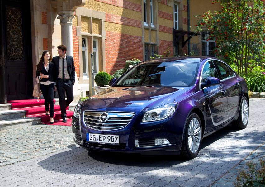 Opel Insignia Turbo 4x4 325CV 4 porte OPC (3)