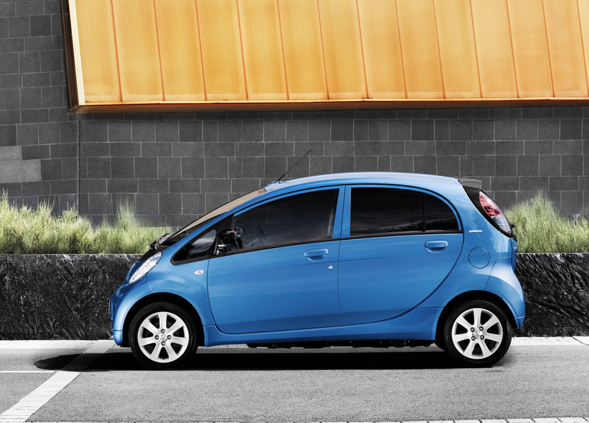 Peugeot iOn (5)