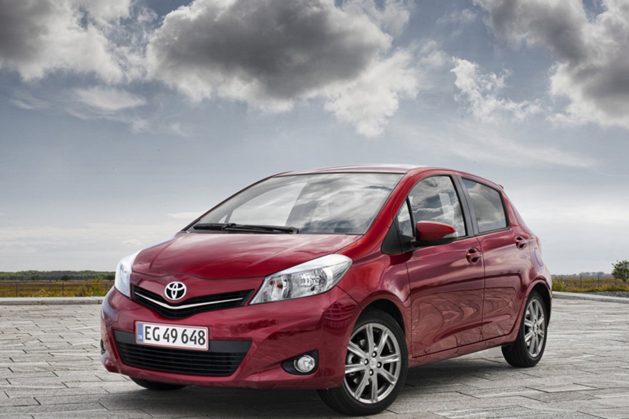 Toyota Yaris (2011->>) (3)