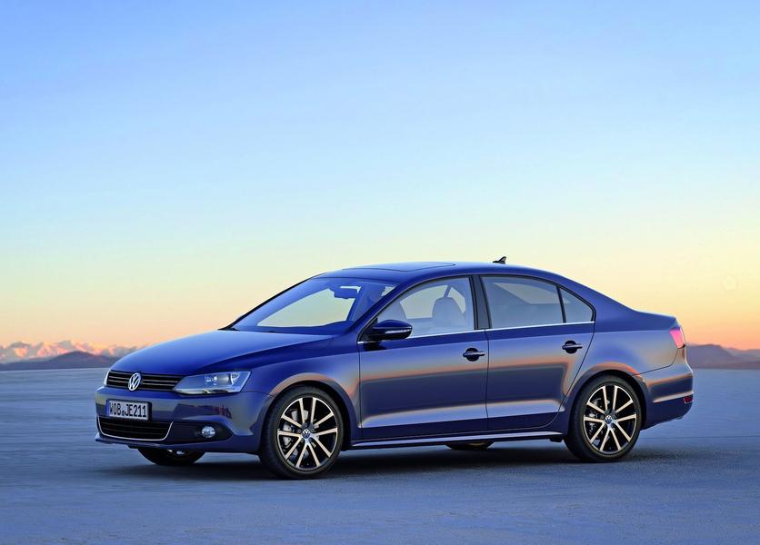 Volkswagen Jetta (2011-12) (3)