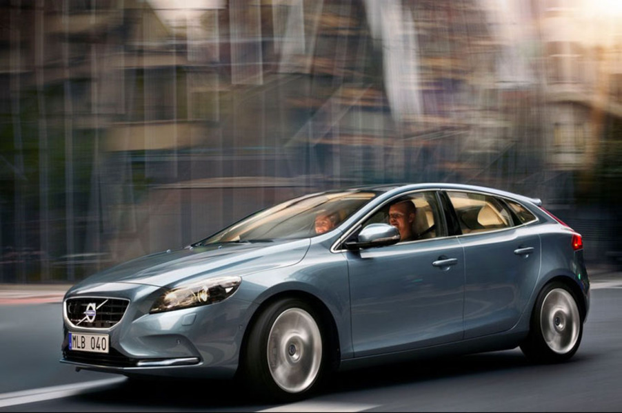 Volvo V40 D2 Geartronic Business (2)