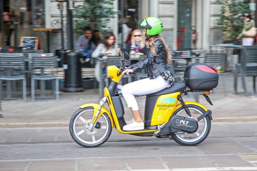 MiMoto, lo scooter sharing ecologico di Milano (4)