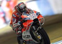 MotoGP 2017. Dovizioso vince il duello con Marquez a Motegi. Rossi out