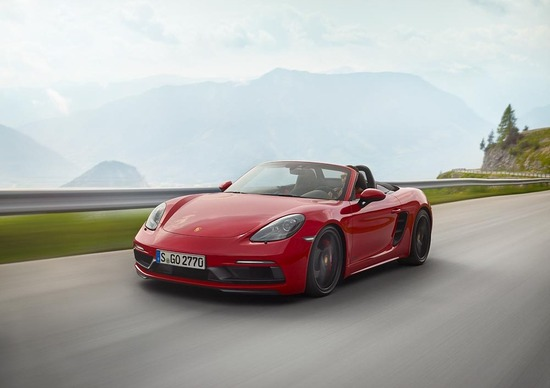 Porsche 718, ecco Cayman e Boxster GTS