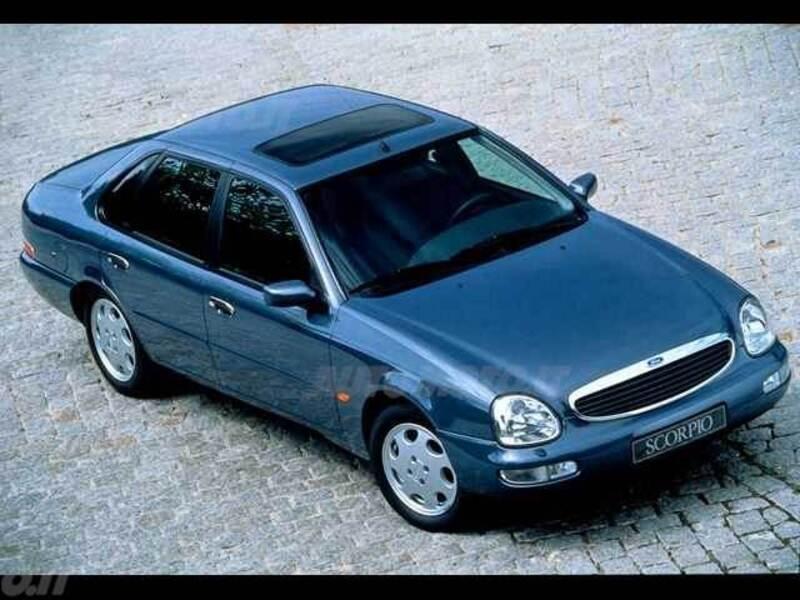 Ford Scorpio 2.3i 16V cat 4 porte Ghia