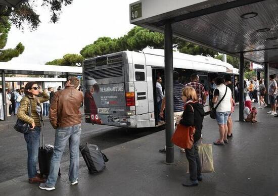 Abbonamenti bus, metro e treni: arriva la detrazione