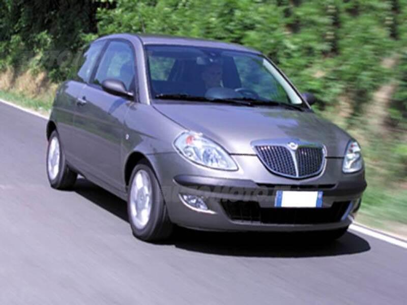 Lancia ypsilon 16v platino 06 2003 04 2005 prezzo e scheda tecnica - Lancia y diva scheda tecnica ...