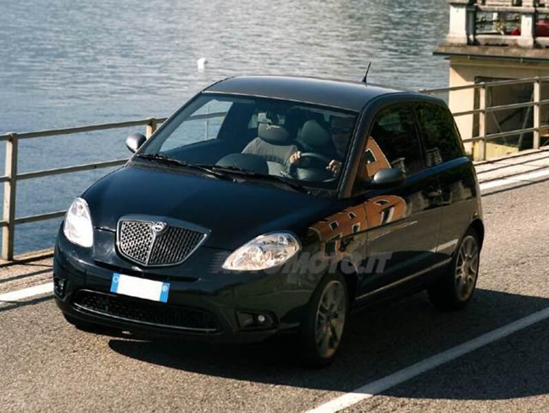 Lancia Ypsilon 1.3 MJT 90 CV DPF Sport MomoDesign (12/2007 - 12/2008 ...