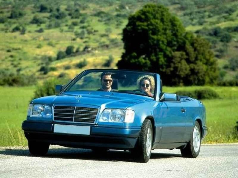 mercedes benz classe e cabrio 200 cat cabriolet 09 1993 04 1997 prezzo e scheda tecnica. Black Bedroom Furniture Sets. Home Design Ideas