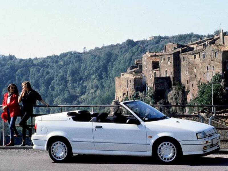 renault 19 cabrio 16v cat 11 1991 04 1992 prezzo e. Black Bedroom Furniture Sets. Home Design Ideas