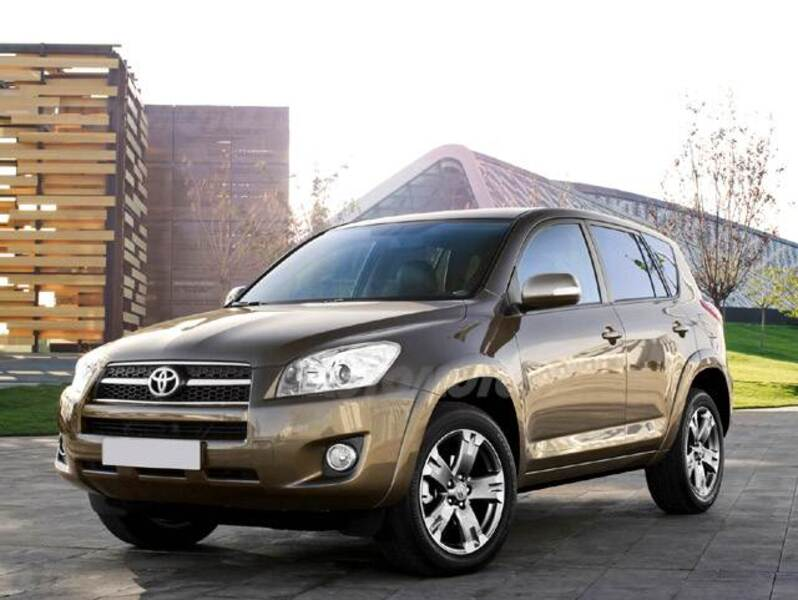 Toyota RAV4 MultidriveS Luxury