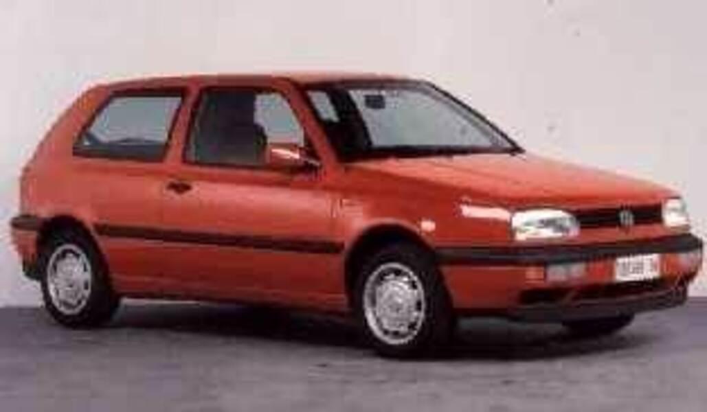 Volkswagen Golf 1.8/90 CV cat 3 porte GL
