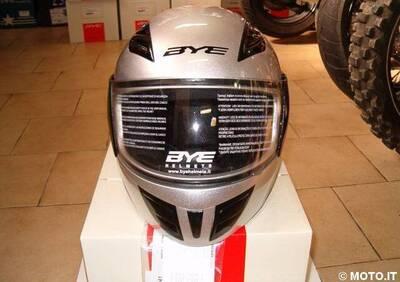casco nuovo Bye hero silver - Annuncio 6101078