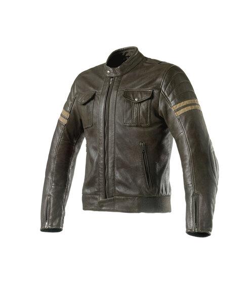 Clover: a EICMA con la giacca in pelle Blackstone (2)