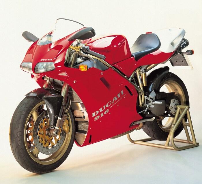 La Ducati 916 SP