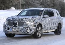 Mercedes GLS, le foto spia