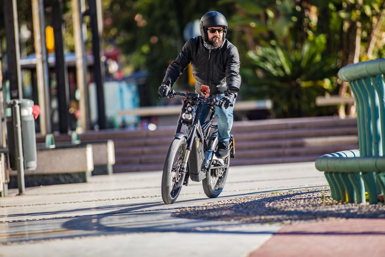 Bultaco Albèro. Mezza moto, mezza bici, totalmente divertente
