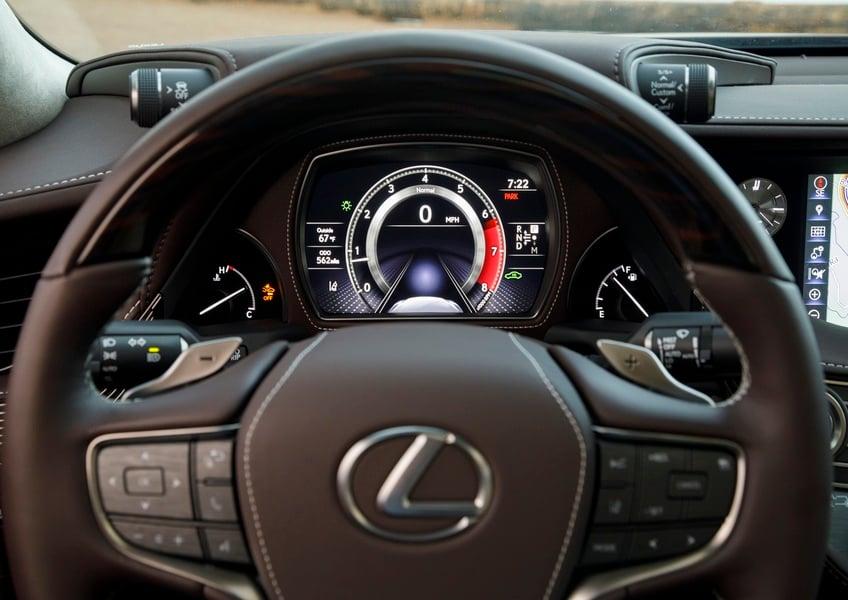 Lexus LS Hybrid Luxury (4)