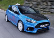 Ford Focus RS: è anche un... taxi [Video]