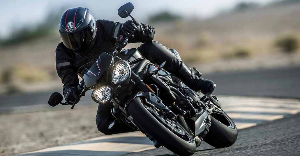 Le nuove Triumph Speed Triple S ed RS 2018