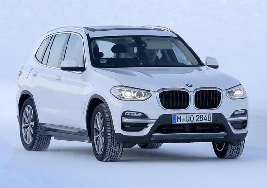 BMW iX3: immagini dai test
