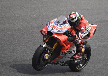 MotoGP test, Day 3. Dovizioso: Test positivi. Lorenzo: Test negativi
