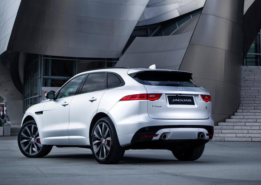 Jaguar F-Pace 2.0 D 180 CV aut. Prestige (4)