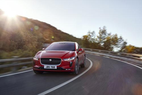 Jaguar I-Pace: si parte da 79.790 euro (4)