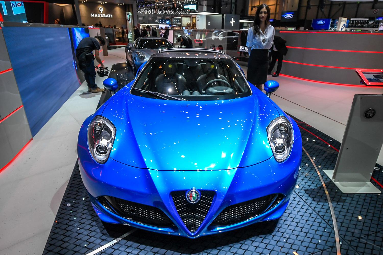 Alfa Romeo 4C, al Salone di Ginevra 2018 le Competizione e Italia